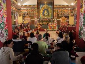 День ухода в Нирвану будды Шакьямуни (Паринирвана)