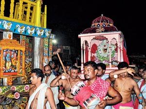 Hera Pancami (4 days after Ratha Yatra)